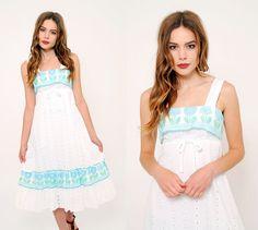 Vintage 70s EYELET Lace Sun Dress by LotusvintageNY #70s #eyeletlace #sundress #tulip #vintage #white #etsy
