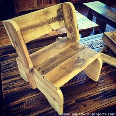 Small Pallet Chair for Kids