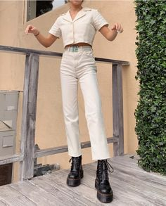 Fashion Tips What To Wear she so stylish love her.Fashion Tips What To Wear she so stylish love her Style Outfits, Mode Outfits, Casual Outfits, Fashion Outfits, Womens Fashion, Fashion Trends, Travel Outfits, School Outfits, Fashion Clothes