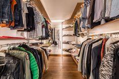 Begehbarer Kleiderschrank-Beleuchtung - realisiert durch die IMMER AG Lux-Manufaktur Design, Home Decor, Decoration Home, Room Decor, Home Interior Design, Home Decoration, Interior Design