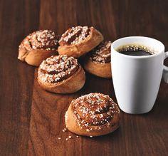 Kanelipulla ja kahvi, 2,90 €. Norm. 4,40 € Cafe Picnic, 2. KRS