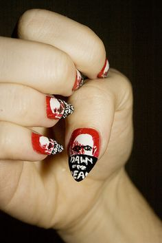 Halloween-Fingernägel http://www.prettynailshop24.de/shop/p_10870_jolifin-scary-nailart-halloween-tattoo-9.html