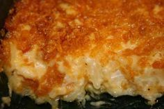 This is a delicious, easy cassserole that my mom calls Funeral Potatoes because she sees it all the time at funerals (not that she goes that often. Potato Dishes, Potato Recipes, Soup Recipes, Funeral Potatoes Recipe, Funeral Potatoes Mormon, Funeral Food, Funeral Ideas, Yummy Food, Tasty