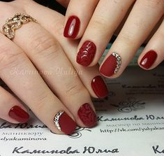 If and when I have the time, my next polish change will be this :) Nails 2016, New Year's Nails, Red Nails, Diamante Nails, Holiday Nail Art, Nagel Gel, Christmas Nails, Christmas Holidays, Pretty Nails