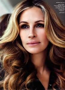 Quotes by Julia Roberts. Recent sayings by Julia Roberts. Julia Roberts famous lines. Cabello Julia Roberts, Cheveux Julia Roberts, Julia Roberts Hair, Pretty People, Beautiful People, Beautiful Women, Beautiful Celebrities, Date Night Hair, Actrices Hollywood