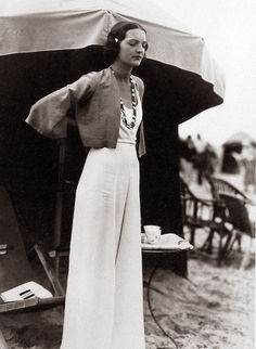 love her outfit so much // Women in Trousers from 1930s-40s