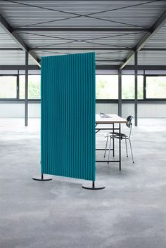 New room dividers, acoustic elements and accessories of high-quality wool felt at Orgatec