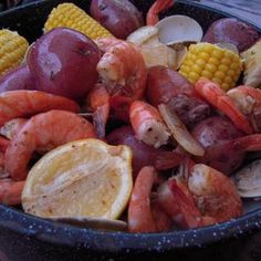 "Labor Free Labor Day Party Ideas: One Pot Seafood Boil  ""OOH IT'S SO GOOD!!!"""