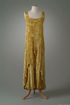 Dress  Peggy Hoyt, 1928  The Meadow Brook Hall Historic Costume Collection