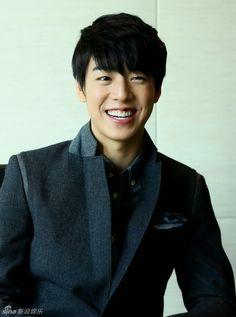 *Lee Hyun Woo | 이현우