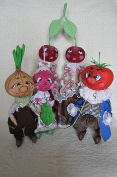 Анастасия Голенева Things With Faces, Kokeshi Dolls, Soft Dolls, Diy Doll, Decorative Items, Paper Dolls, Food Art, Doll Clothes, Whimsical