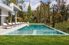 A Hillside Home by Quinn ArchitectsDesignRulz18 August 2014Designed by London-basedQuinn Architects, the Holmby Hills Residence is locatedon a 57,250 square foot hillside site in Lo... Architecture Check more at http://rusticnordic.com/a-hillside-home-by-quinn-architects/
