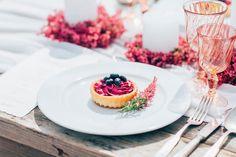 #mundushannover #fineartbakery #handmade #summer #tartlettes #blueberries #sweets #delicious #hannover #instabakery #hanover #love #wedding #heide  @anja_schneemann_photography @milles_fleurs_ @pompomyourlife @riasaage
