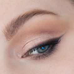 Step-by-Step Soft Smoky Liner Glamorous Eye shadow Tutorial │ Capsule Makeup Collection — rebeccakshores.com    I imagine this is for the person that is going out for the night at a classier establishment, maybe wine tasting, great for weddings, and something I'd wear during the day too. Flattering on rounder and larger eyes, but anyone can wear it. S