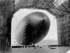 Hindenburg entering the hangar at Frankfurt