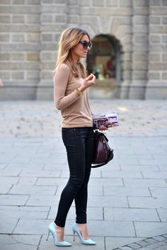 Beige sweater, dark denim skinnies and sky blue pumps