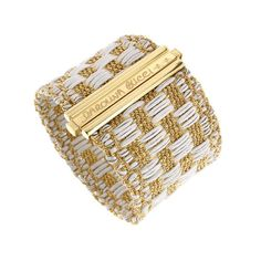 #CarolinaBucci #bracelet #finejewelry #jewelry #JaimieGellerJewelry For more info about this bracelet email us at shop@jaimiegellerjewelry.com
