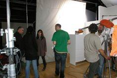 Rodaje y construcción de decorado en Banzai Studio del spot de BOSCH. una cocína completa con diversos elementos movibles para poder ir cambiando la distribución.   Productora: Picnic  https://vimeo.com/57307531  https://www.youtube.com/watch?v=8tr2AoDcSSM  www-banzaistudio.tv