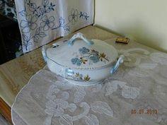 Krásná malovaná starožitná Terina 19 stol. Home Decor, Decoration Home, Room Decor, Home Interior Design, Home Decoration, Interior Design