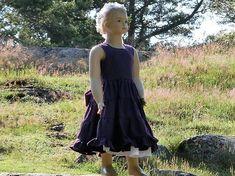 Girls purple dress. Girls easter dress.Toddler linen dress. Girls ruffle dress. Purple rustic flower girl dress. Girls summer dress.
