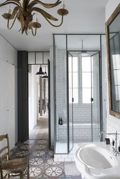 12 Beautiful Walk In Showers For Maximum Relaxation
