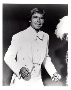 John Denver 8x10 photo Q1442 in Collectibles, Photographic Images, Contemporary (1940-Now), Celebrity, Movies | eBay