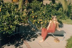 Edie Campbell in the sun - Wildfox inspiration for artists - Inspiration for artists from Wildfox Couture