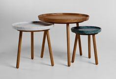 the series is available in a range of heights and table surface diameters, with top options of solid oak, carrara and green marble. Simple Furniture, Cheap Furniture, Table Furniture, Furniture Design, Furniture Ideas, Autocad, Old Kitchen Tables, Nesting Tables, Solid Oak