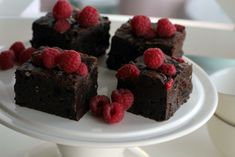 Raspberry Oreo Brownies - These are really yummy! I dropped the raspberries thoug. Added a few layers of different chocolate fillings though Raspberry Brownies, Oreo Brownies, Oreo Cake, Oreo Cookies, Raspberry Cheesecake, Oreo Cookie Recipes, Candy Recipes, Baking Recipes, Dessert Recipes