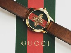 This original Gucci watch with the embroidered bumblebee dial is the perfect casual accesory. #gucciwatch #bumblebee #embroidereddial