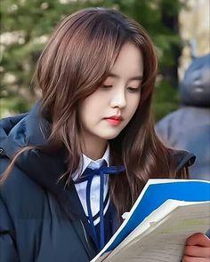 Kim so hyun (jojo) Love alarm behind the scene Korean Actresses, Korean Actors, Actors & Actresses, Kpop, Kim Son, Love 020, Ulzzang Korean Girl, The Perfect Girl, Gone Girl