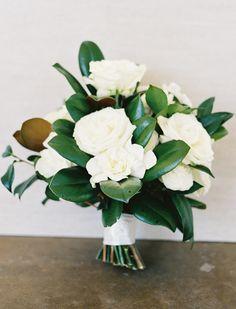 Dallas Wedding at Arlington Hall Lee Park magnolia leaf bridal bouquet, swank soiree wedding planner, Dallas wedding planner