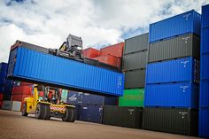 With stock coming in, it's important to remind you that we check all of our units, new and second-hand to ensure they meet our quality standards. We make sure they are wind and watertight to keep your storage safe and secure! For up to date lead times, prices and on-page delivery rates, you can visit us online! Container Sales, Containers For Sale, Used Shipping Containers, Container Conversions, Lead Time, 30 Years, Delivery, Meet, The Unit