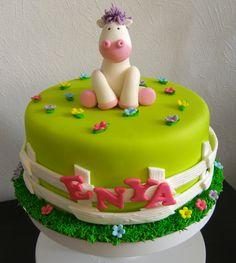 Horse cake - Sockersöta Ninni    with inspiration from Andrea's SweetCakes