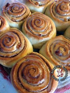 Bread Recipes, Cooking Recipes, Aesthetic Food, Culinary Arts, Cinnamon Rolls, Biscuits, Bakery, Good Food, Brunch