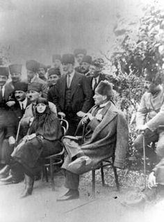 Mustafa Kemal Paşa ve Latife Hanım