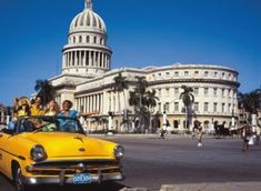 El Gobierno colombiano envió a cuatro oficiales a La Habana para sumarse al diálogo con las FARC
