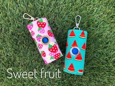 Dog Poop bags dispenser /waste bag holder dogs sweet fruit by QTPET on Etsy Dog Fashion, Fusible Interfacing, Cat Hair, Butterfly Flowers, Dog Harness, Dog Mom, Dog Tags, Your Dog, Pup