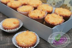 coconut macaroons (without apf & bp) Pinoy Dessert, Filipino Desserts, Asian Desserts, Filipino Dishes, Filipino Recipes, Asian Recipes, Coconut Tart, Coconut Muffins, Coconut Macaroons