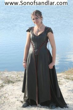 thats a pretty cool style leather dress, interesting lines on the bodice