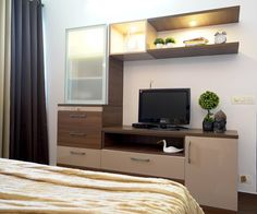 HomeLane: Full Home Interior Design Solutions, Get Instant Quotes. Small Space Bedroom, Tv In Bedroom, Small Spaces, Beautiful Houses Interior, Beautiful Interiors, Wardrobe Design Bedroom, Tiny Apartments, Contemporary Apartment, Small Apartment Decorating