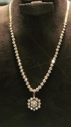 Diamond Necklace Simple, Small Necklace, Diamond Jewelry, Gold Jewelry, India Jewelry, Diamond Pendant, Jewelery, Diamond Necklaces, Temple Jewellery