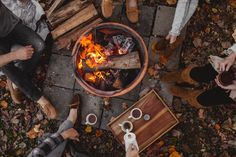 This is definitely one of my favorite combinations in the world…campfires, the outdoors, hot chocolate, cozy clothes, sunsets and good friends. Simple, magical, and getting to feel adventurou…