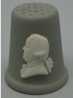 The bust of Josiah Wedgwood. Wedgwood Thimble. Grey Jasperware and white relief. Thimble-Dedal-Fingerhut.