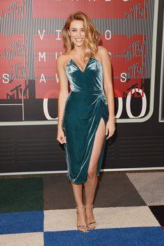 Arielle Vandenberg at the VMAs 2015 Arielle Vandenberg, Sexy Dresses, Blue Dresses, Mtv Video Music Award, Music Awards, Marine Uniform, Mtv Videos, Dress Picture, Party Looks