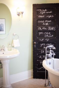 Love this idea of having a chalkboard bathroom door! Forget writing notes on the mirror!