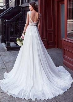 Buy discount Charming Tulle & Chiffon V-neck Neckline Natural Waistline A-line Wedding Dress With Beaded Lace Appliques at Dressilyme.com