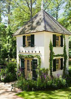 2 story backyard guest cottage