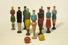 Jeu de quilles anthropomorphes | Centre de documentation des musées - Les Arts Décoratifs
