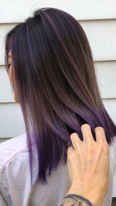 Epic bob haircut with undercut Purple Hair Streaks, Dark Pink Hair, Purple Hair Highlights, Light Purple Hair, Hair Color Purple, Hair Color For Black Hair, Cool Hair Color, Korean Hair Color Ombre, Purple Ombre Hair Short